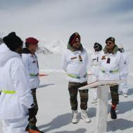 Lt Gen Ranbir Singh visits forward posts in Siachen Sector